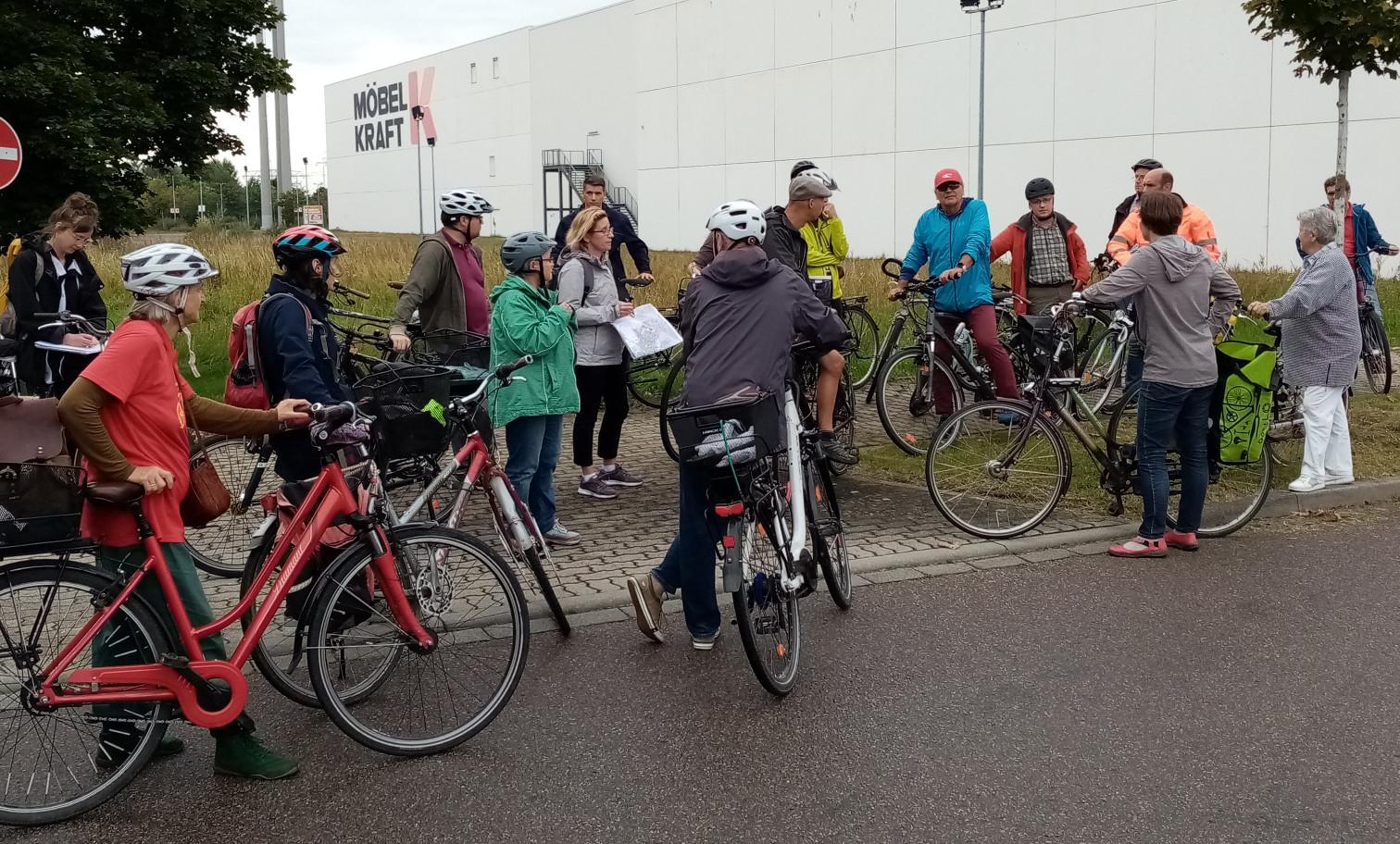 Radtour zur Fahrradwege-Situation in Taucha